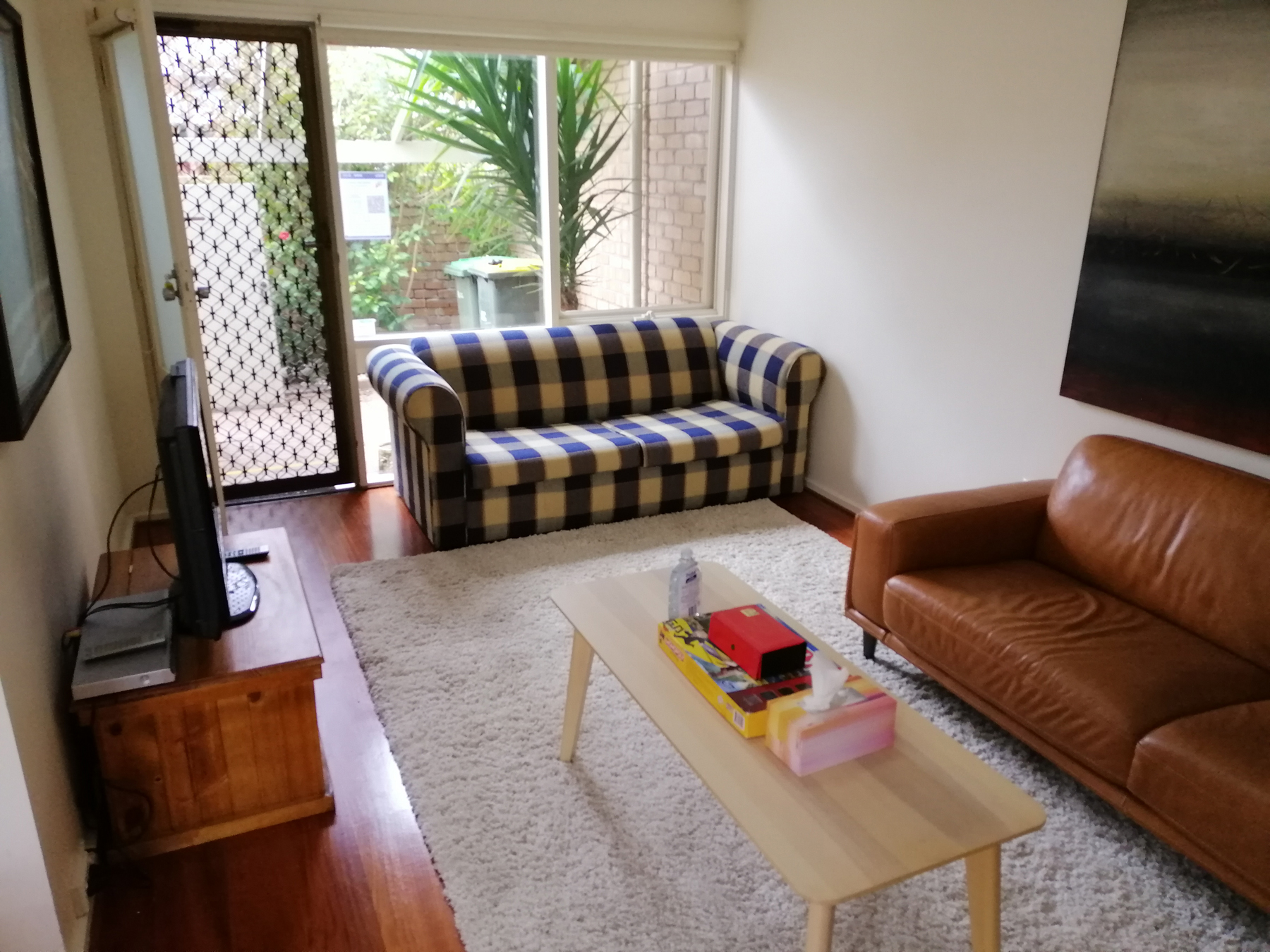 Adelaide Holiday Home Front